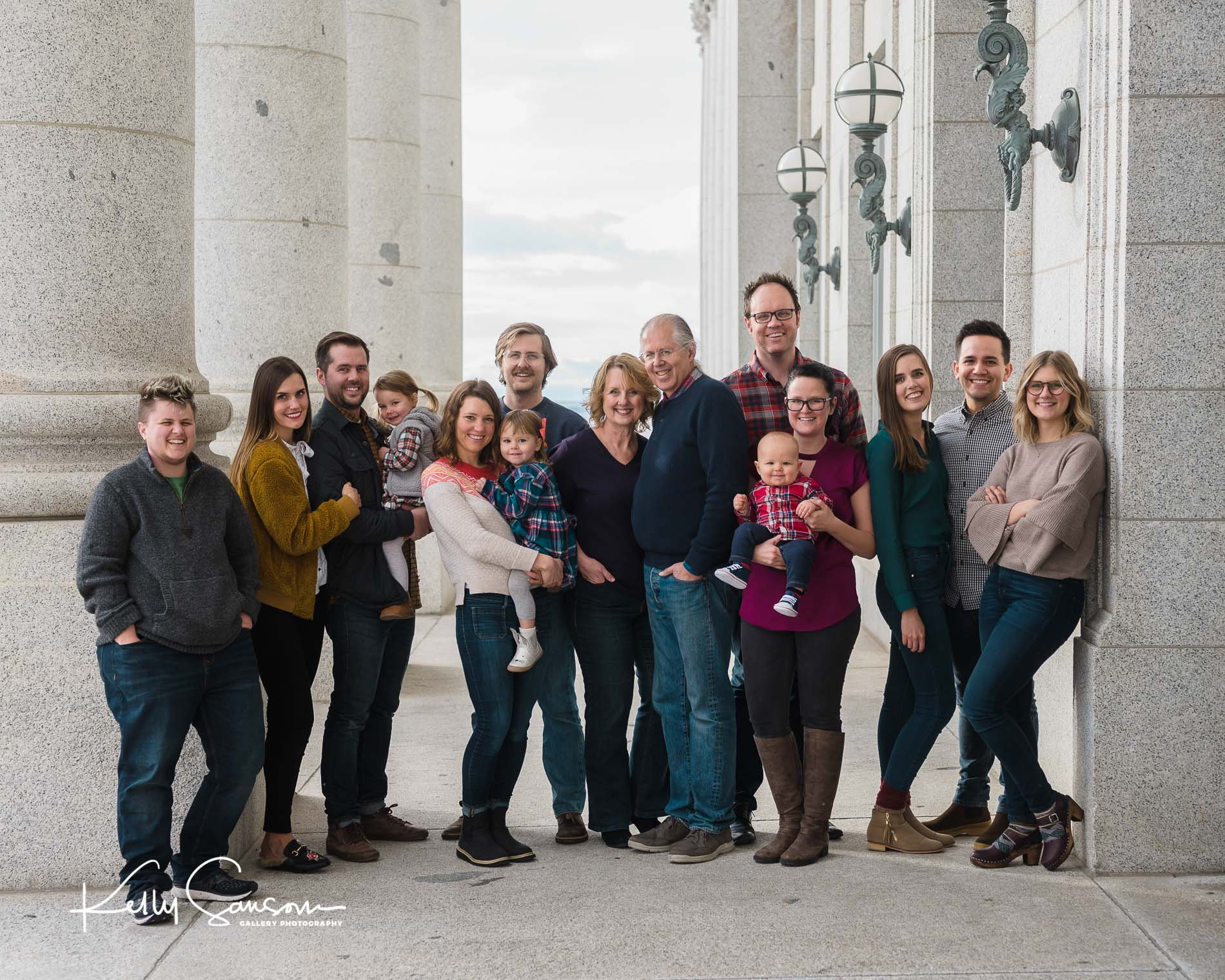 Boyer Family Photography at the Utah State Capitol
